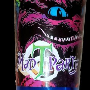 Mad T party cup